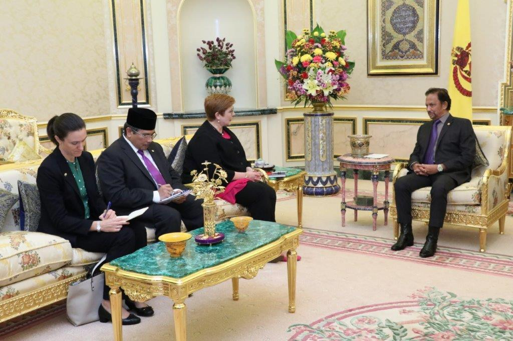 20 February 2020 - HIS MAJESTY THE SULTAN AND YANG DI-PERTUAN OF BRUNEI DARUSSALAM RECEIVES IN AUDIENCE SENATOR THE HONOURABLE MINISTER OF FOREIGN AFFAIRS AND MINISTER FOR WOMEN, AUSTRALIA